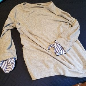 Super soft sweatshirt with tie sleeves